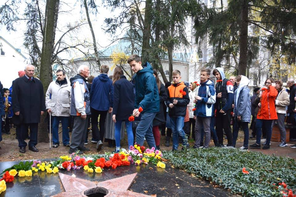 У Вишгороді відбулися заходи з нагоди звільнення міста від нацистів - київщина, вшанування, Вишгород - 1104 Hoda5
