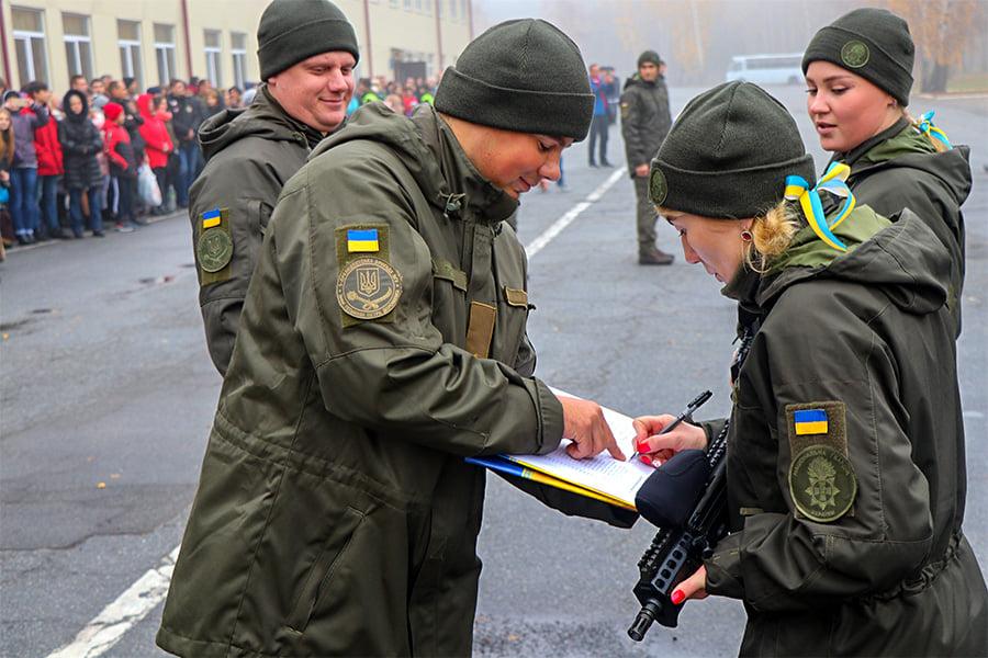 У Першій Президентській бригаді – бойове поповнення - присяга, Перша Президентська бригада, НГУ, київщина, Вишгород - 1109 Popovn2
