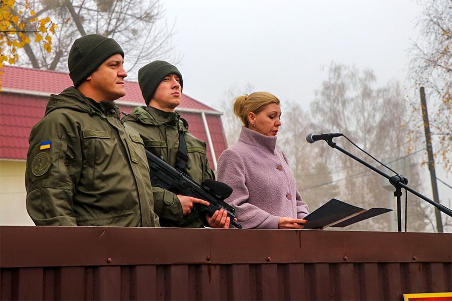 У Першій Президентській бригаді – бойове поповнення - присяга, Перша Президентська бригада, НГУ, київщина, Вишгород - 1109 Popovn5