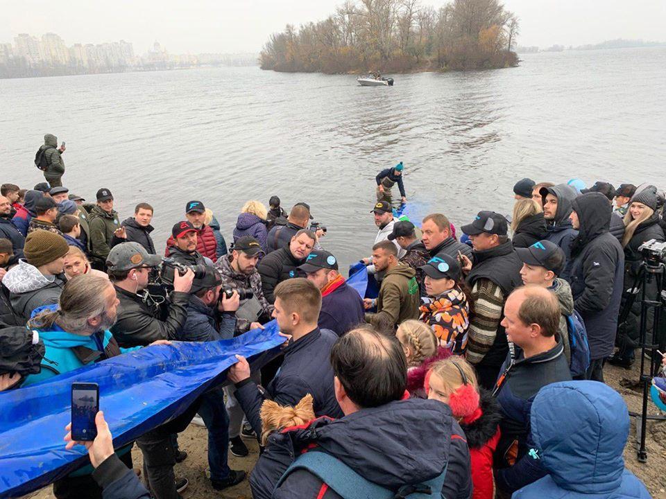 1111_Ryba2 У Дніпрі побільшало риби на 7 тонн