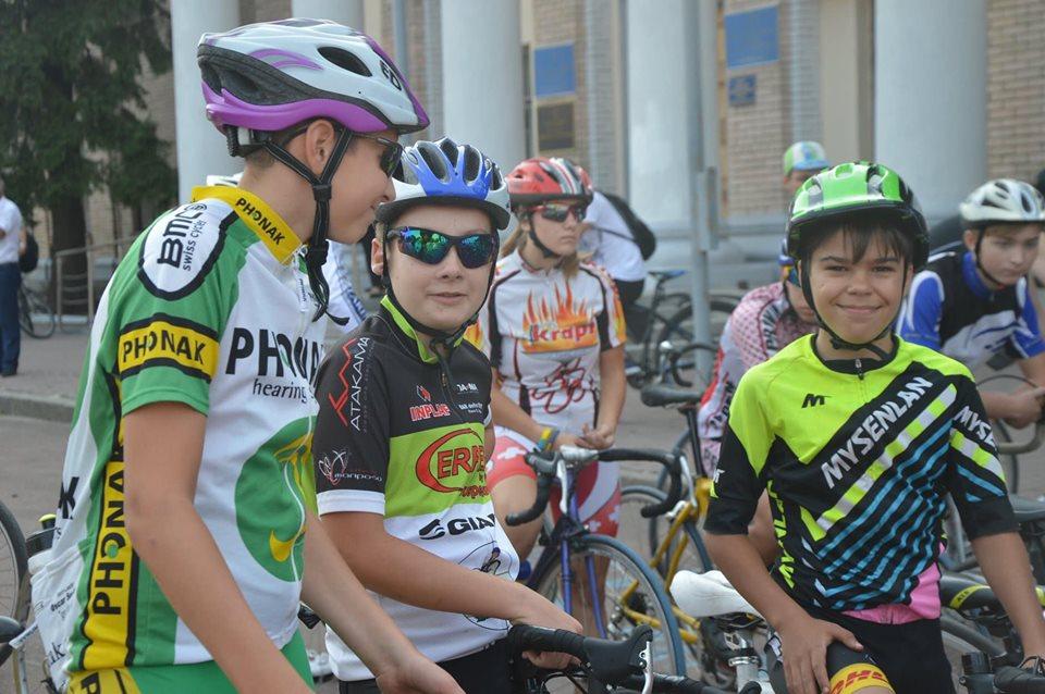 У Вишгороді безкоштовно тренують юних велосипедистів - набір у секцію, Київщина Вишгород, велосипедний спорт - 1115 velo1