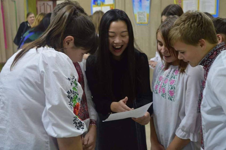 Молодь Вишгородщини вивчатиме китайську мову і культуру - Синяк, Ліцей, київщина, Вишгородський район - 1121 Kytaj4