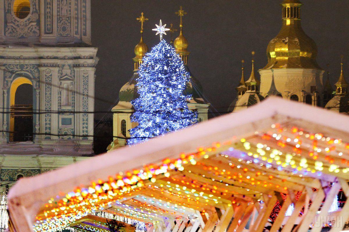 Київ почали прикрашати до Нового року -  - 1513713276 9750 1