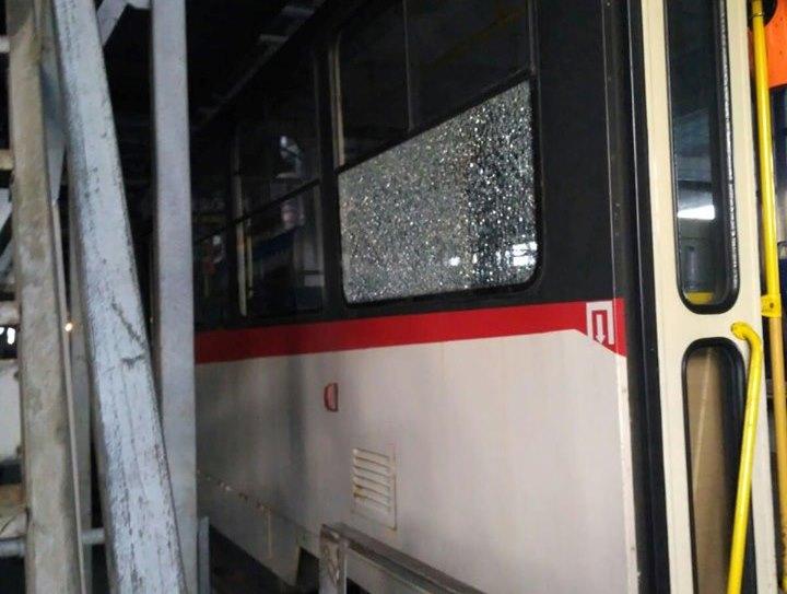 У Києві обстріляли швидкісний трамвай -  - 75114872 756580624763262 5708143490664235008 n