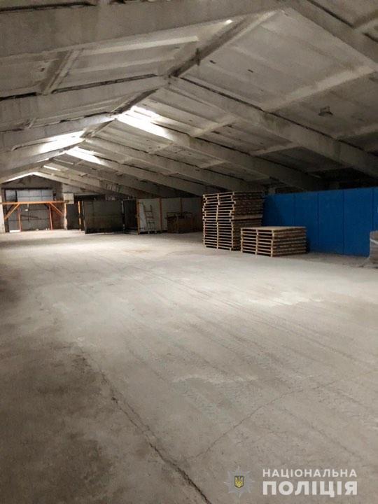 Китайці пиляли: на Обухівщині викрили нелегальний цех з переробки деревини -  - 76697452 2602417156480107 720985809108336640 n