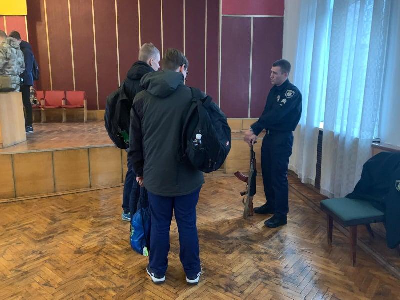 Обухівський відділ поліції запросив учнів на «День відкритих дверей» -  - 76751660 485060135721816 6138587346452348928 n