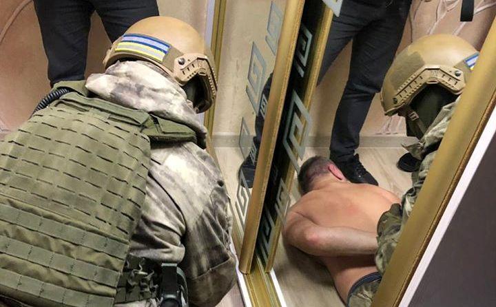 77134785_2620142504707572_1698181462693511168_o Поліція затримала кримінального авторитета та його «помічників», які тероризували Бориспільщину (відео)
