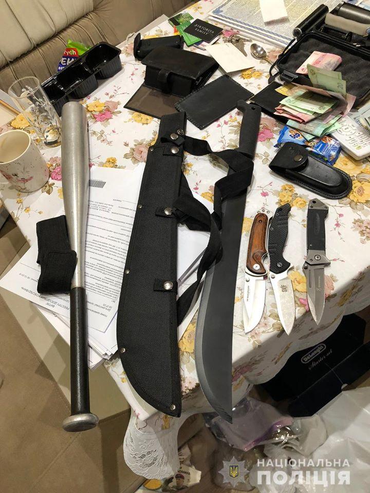 78734049_2620142384707584_174076514860531712_o Поліція затримала кримінального авторитета та його «помічників», які тероризували Бориспільщину (відео)