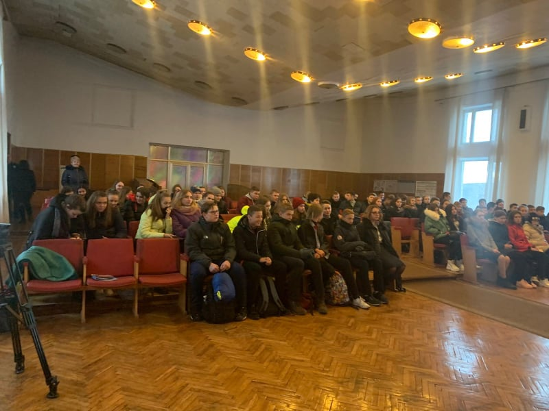 Обухівський відділ поліції запросив учнів на «День відкритих дверей» -  - 78744042 2574397305978072 8854093411624419328 n