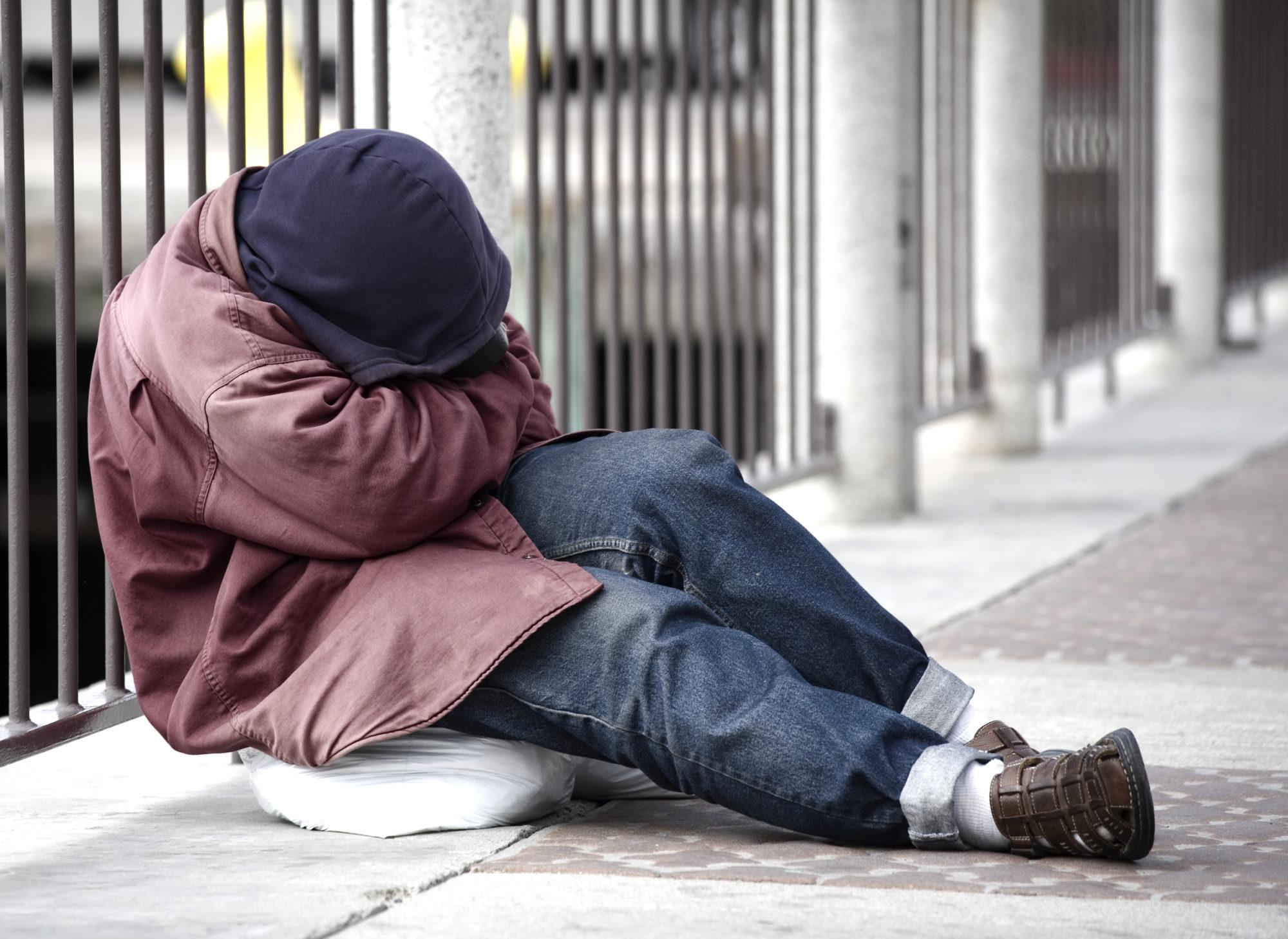 У Києві створено оперативний штаб допомоги бездомним -  - Homeless 2 2000x1458