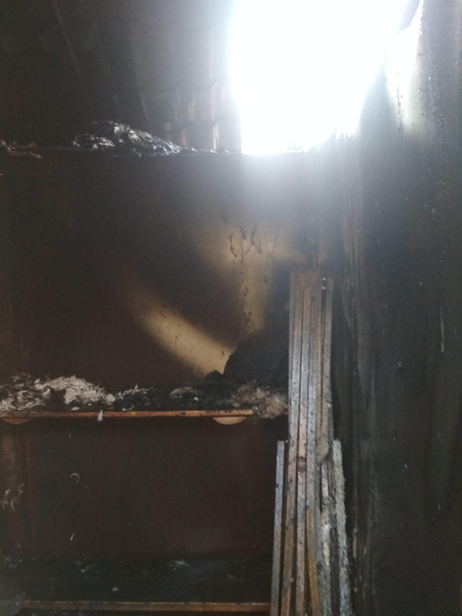 Пожежа у Фастові на Завокзальному ринку: загорівся торговий кіоск (ФОТО, ВІДЕО) - Фастів - IMG 20191104 154934 1500x2000