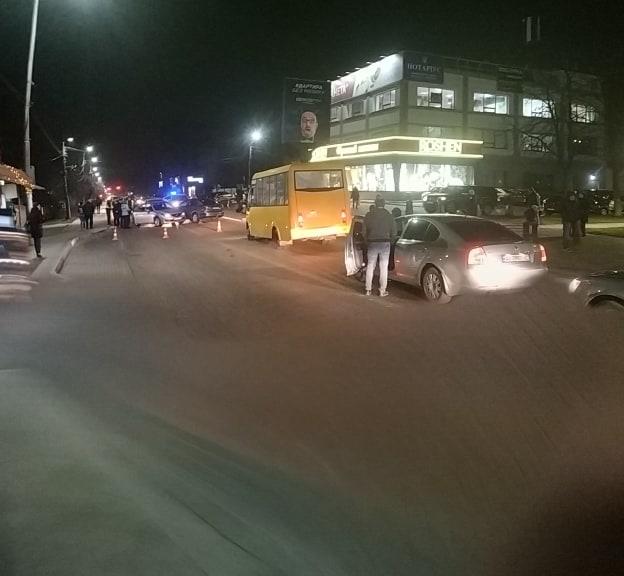 """Легковики """"притерлися"""": в Ірпені на центральній вулиці сталася аварія - Приірпіння, поліція Київської області, київщина, ірпінь, Ірпінський відділ поліції, ДТП - Irp 2 pryterl 4"""