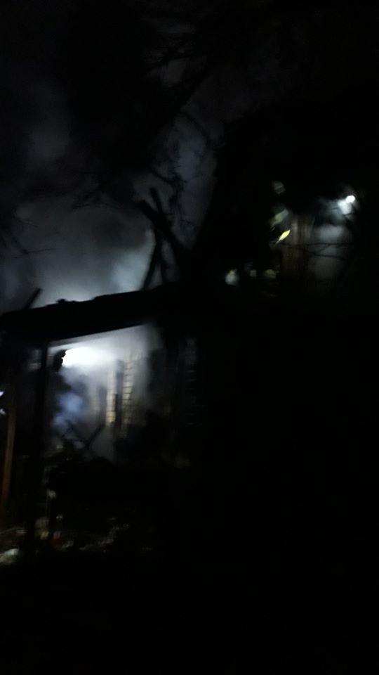 Палали лазня та будинок: у Бучі на вихідних сталося дві пожежі - рятувальники, Приірпіння, пожежа, надзвичайна ситуація, київщина, ДСНС України у Київській області, Буча - Laznya 1