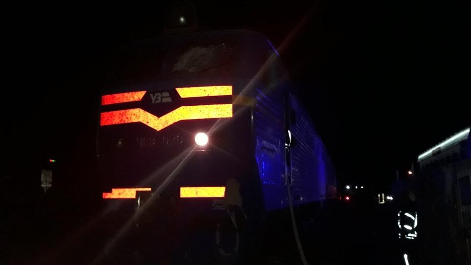 Ірпінські рятувальники загасили локомотив: одна людина отримала травми - рятувальники, Приірпіння, пожежа, київщина, ірпінь, ДСНС України у Київській області - Lokomot
