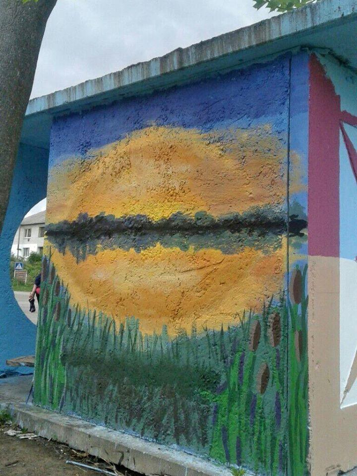 Фастівська художниця продовжує прикрашати автобусні зупинки у районі -  - Malopolo 3