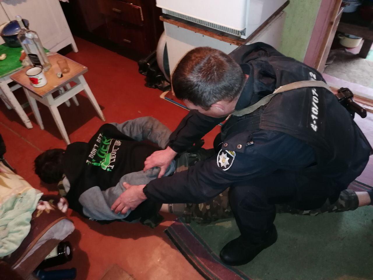 У Рославичах на Васильківщині дачного крадія упіймали на місці злочину