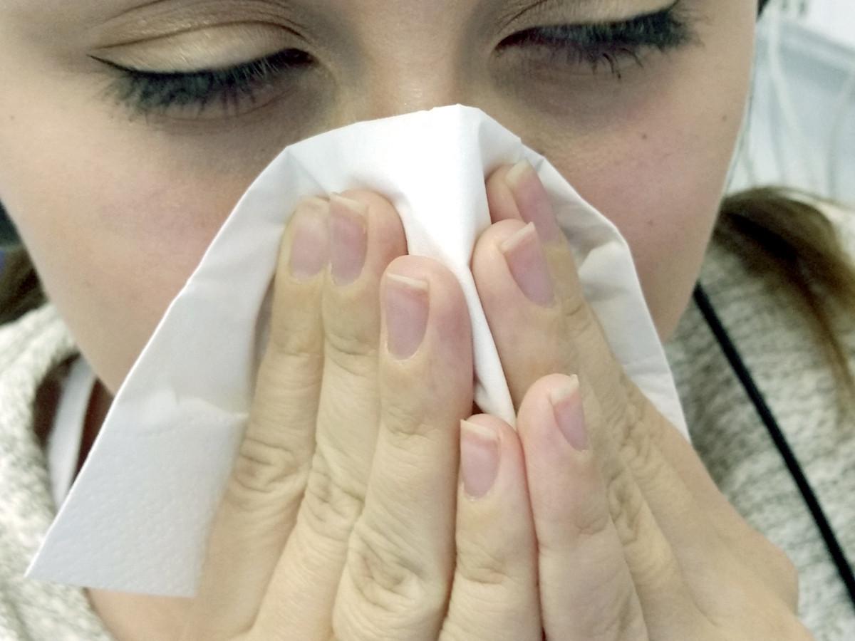 Медики в Україні прогнозують майже 7 млн хворих на грип та ГРВІ