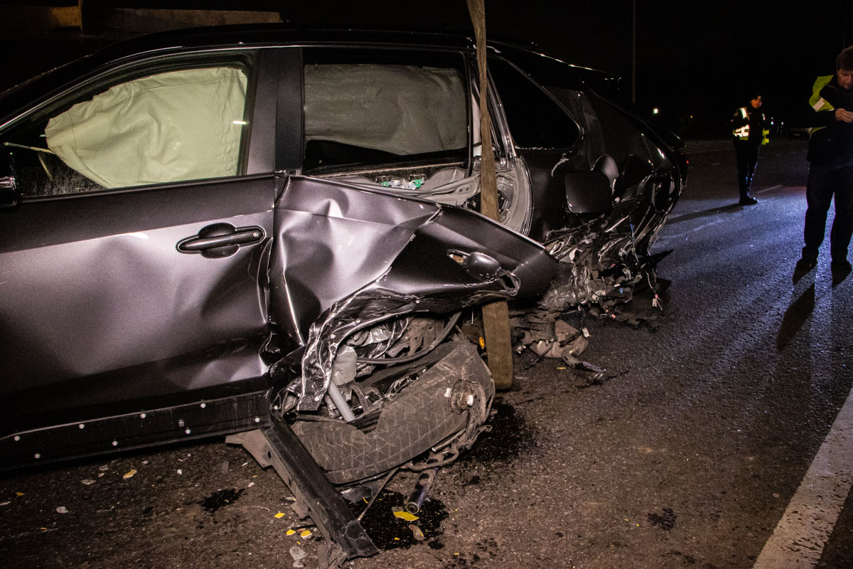 На Набережному шосе в ДТП потрапило 4 авто -  - dtp naberezhnaya 2