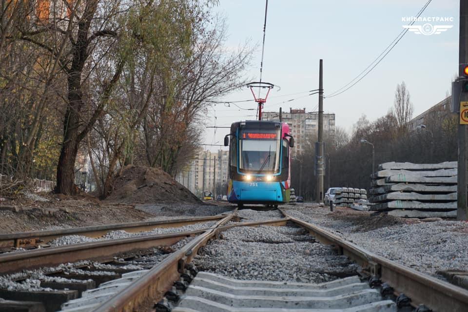 Тимчасові незручності: на Михайлівський Борщагівці капітально ремонтують колії - Борщагівка - m Borshhagivka1