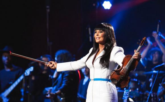 Українська скрипалька Асія Ахат виступить у Америці -  - original photo