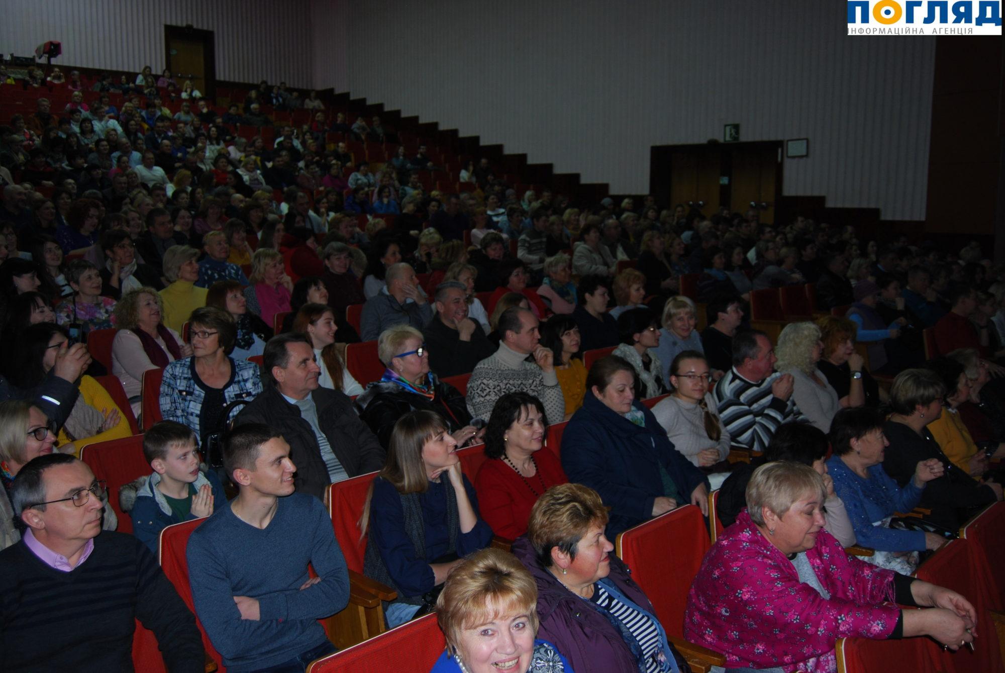 Допрем'єрний показ вистави за участі зірок театру і кіно вперше у Василькові -  - 000DSC 3648 2000x1339