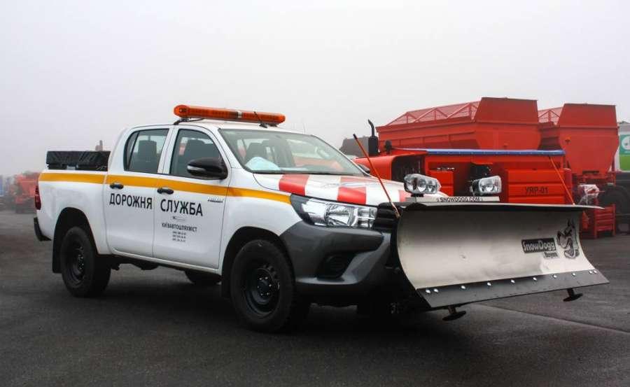 0269c2cf61824f126a7fc8ba28612eae_XL В Україні створили спецавтомобіль для дорожніх служб