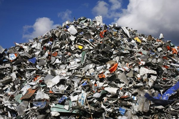 Під Києвом назріває сміттєвий колапс: цілий район не знає, куди тепер викидати сміття - сміття, Макарів - 03 smittya2
