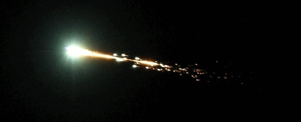 Метеор, що вибухнув в Австралії, виявився «міні-місяцем» нашої планети - Австралія - 04 meteor