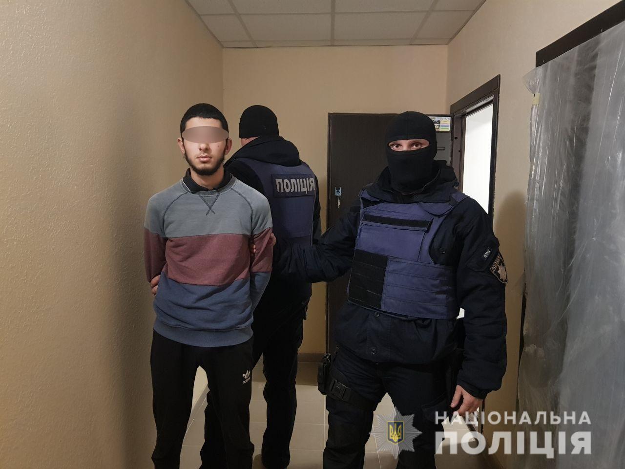 06_napad Нападниками, які забили до напівсмерті пенсіонерів під Києвом заради 600 гривень, виявилися іноземці