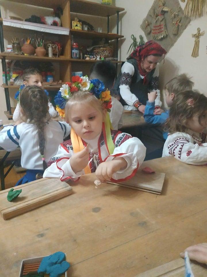 Музей давньоруського гончарства у Вишгороді запрошує дітей на канікули - Музей давньоруського гончарства, майстер-класи, київщина, Вишгород - 1225 KanikulyVikz6