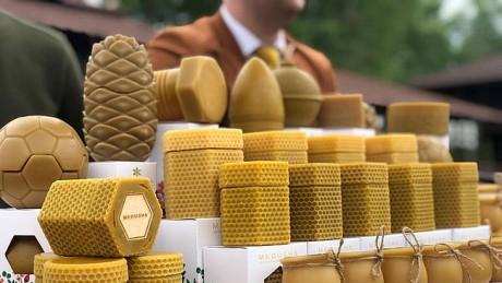 Українське ноу-хау: мед у воскових баночках - Україна, світ, мед, експорт, Економіка - 1225 Med2