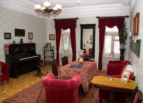 Музеї Києва у грудні запрошують на дні відкритих дверей -  - 2