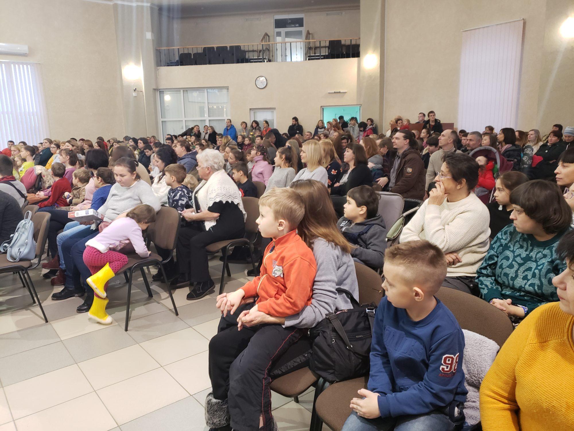 Різдвяне свято для особливих дітей у Броварах -  - 20191228 152241 2000x1500