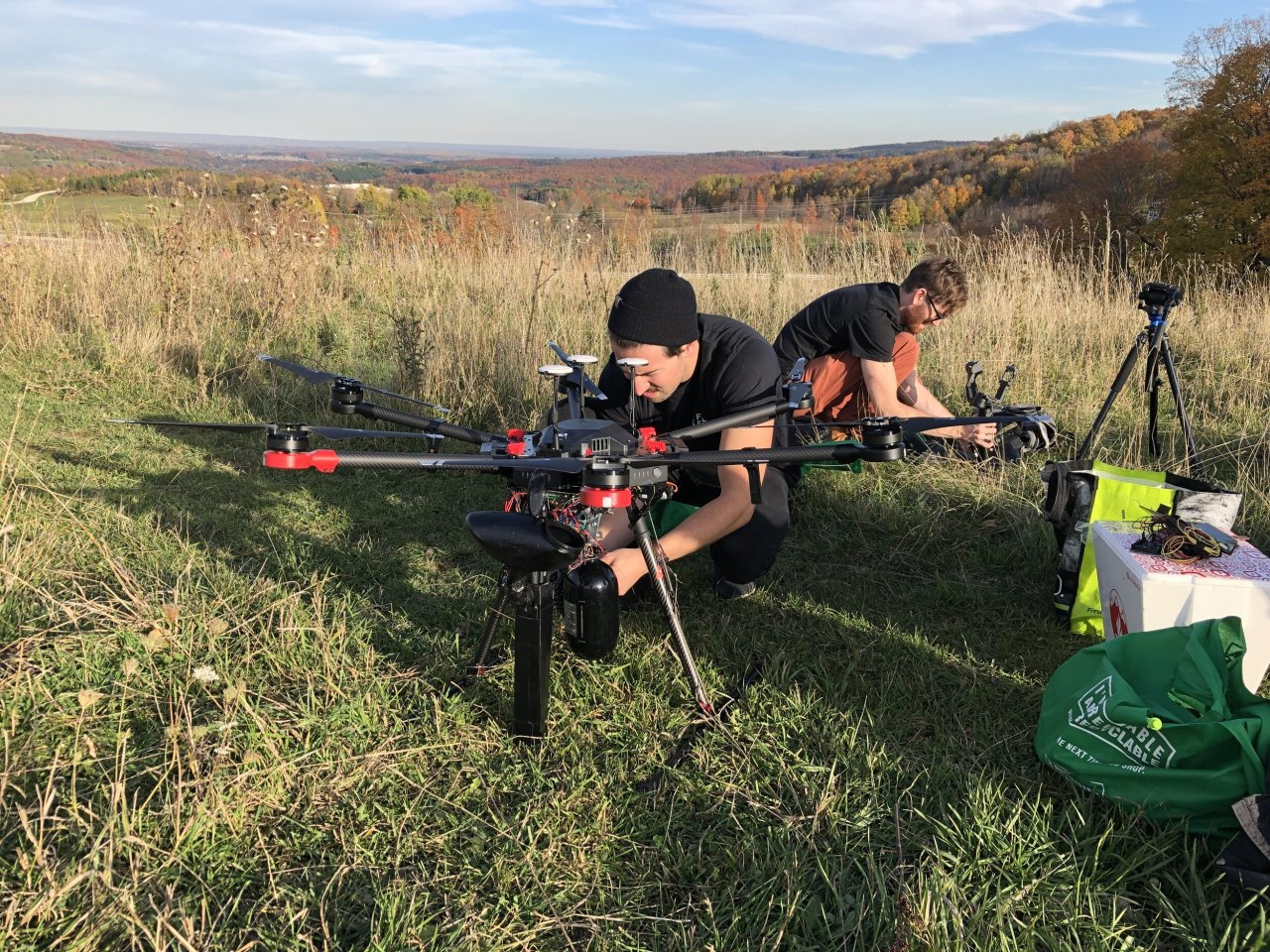 У Канаді висадять 1 000 000 000 дерев за допомогою дронів - Дерева - 23 kanada