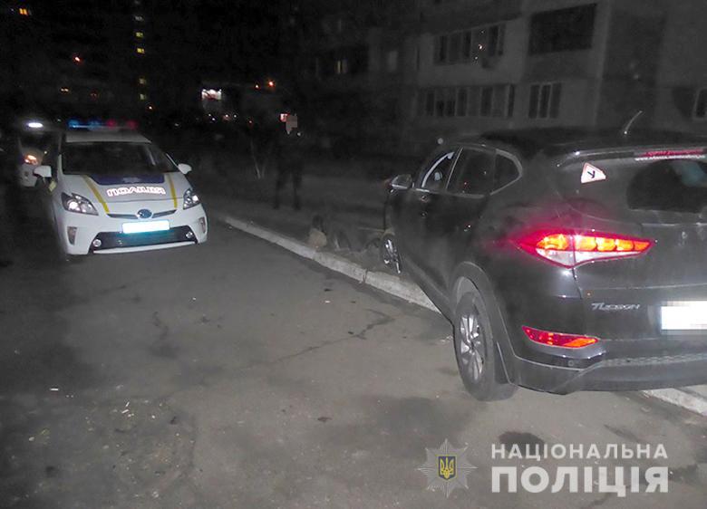 Викрав автівку та чинив опір: у Києві затримали неповнолітнього -  - 27122019darnugon181220196