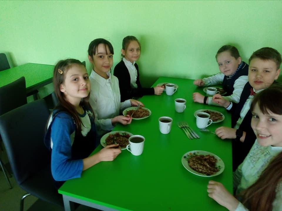 В Бориспільських школах найкраще харчування по Київській області -  - 56119408 316195149089150 3097649075231653888 n