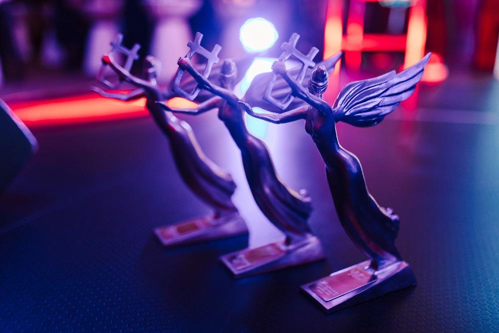 Стали відомі імена номінантів української музичної премії Yuna-2020 -  - 5dbf078e95a53a08df3b4309 statuetky