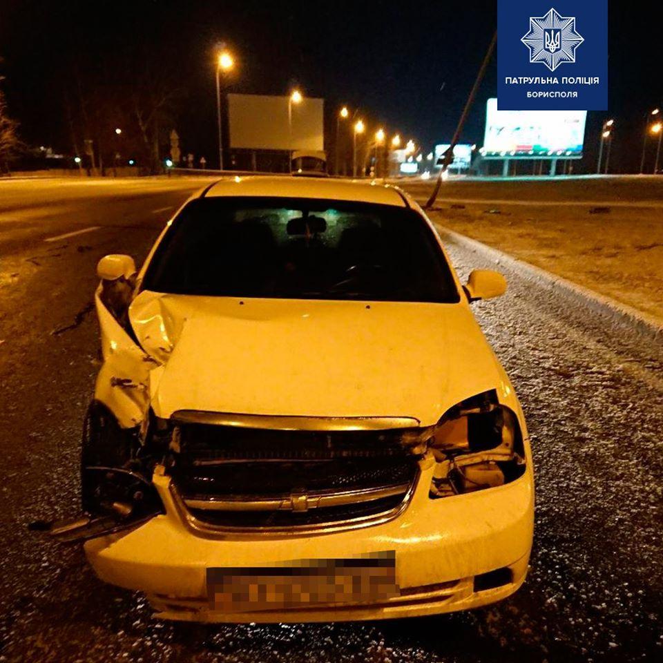 На Бориспільському шосе легковик збив електроопору -  - 79016460 2558654954356291 2165236830893506560 o