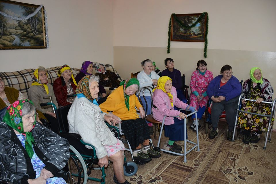 Свято для стареньких у Миронівці -  - 80389883 591156355006170 858021722849280000 o