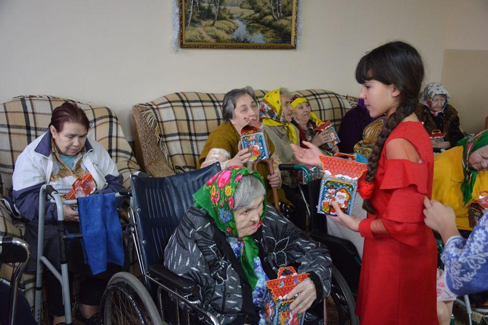 Свято для стареньких у Миронівці -  - 80520856 591157825006023 5693598480837115904 o