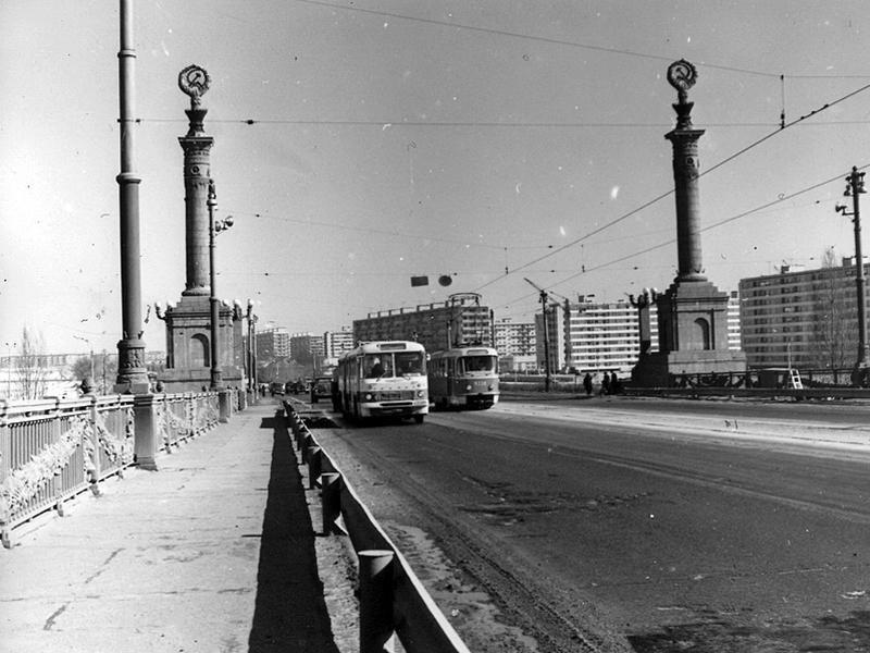 Міст Патона попрощається з радянською  символікою -  - 8fb323f5f735753c3d3d02af2ec06878