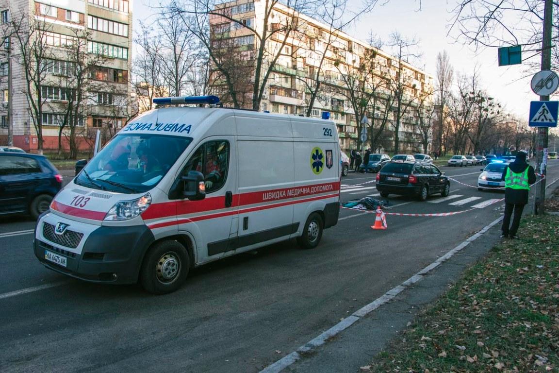 Здавав назад та задавив: у Києві на пішохідному переході загинула жінка -  - DTP 1 iz 10