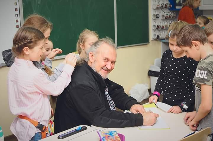 FB_IMG_1575192509617 До Боярки завітав відомий український казкар Сашко Лірник