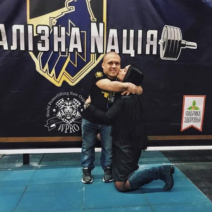 """Сам важить 40 кг, а підняв 140 кг: новий рекорд """"залізного"""" Макса із Бучі -  - FB IMG 1575891483967"""