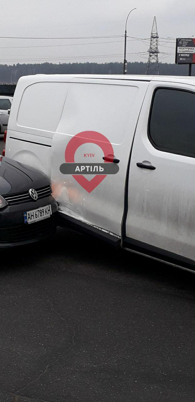 ДТП на виїзді з Ірпеня: зіткнулись Volkswagen і Peugeot -  - IMG 20191205 093528 446