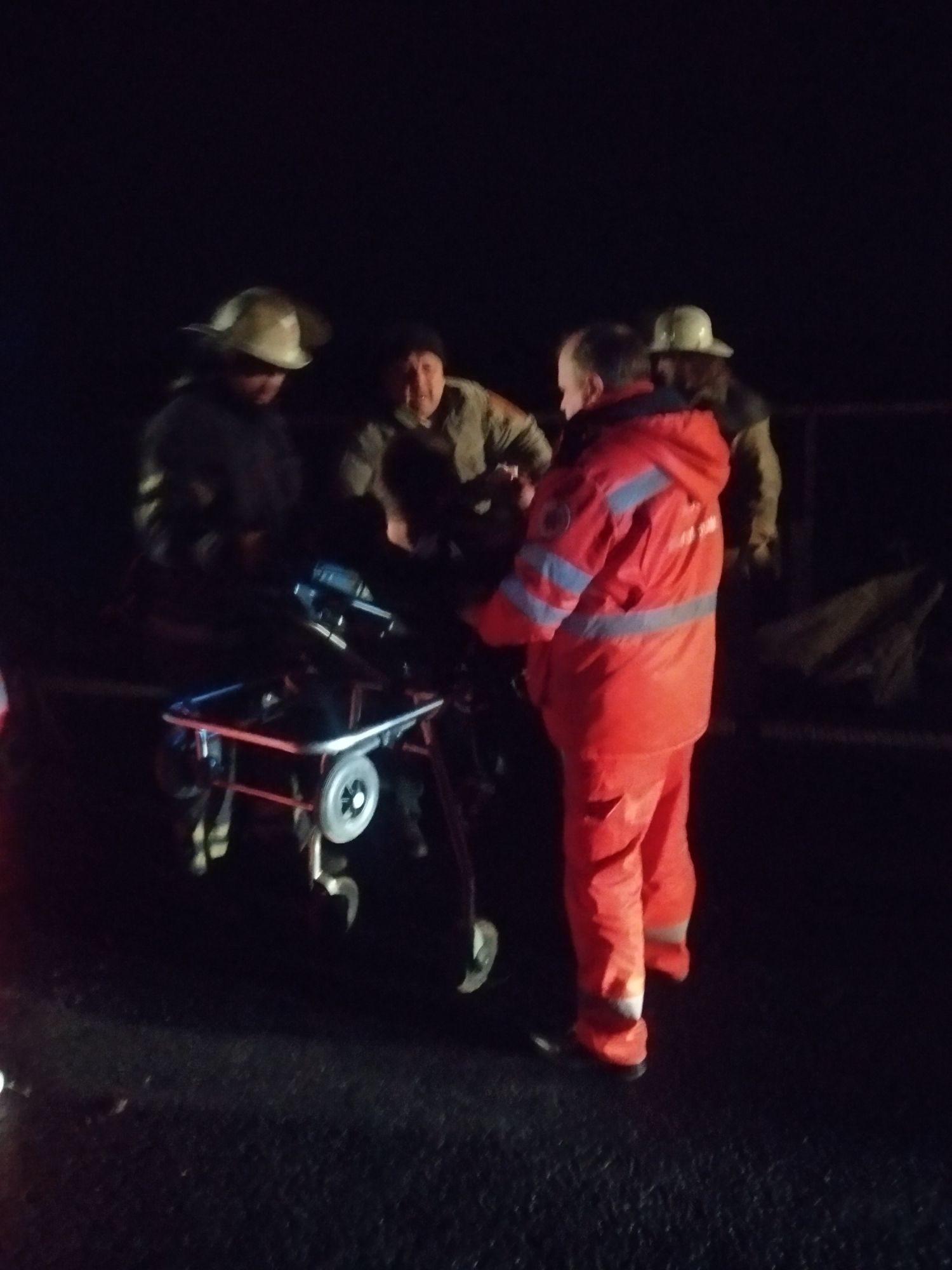 На Ставищенщині рятувальники деблокували пасажира -  - IMG 20191217 034352 compress31 1 1500x2000