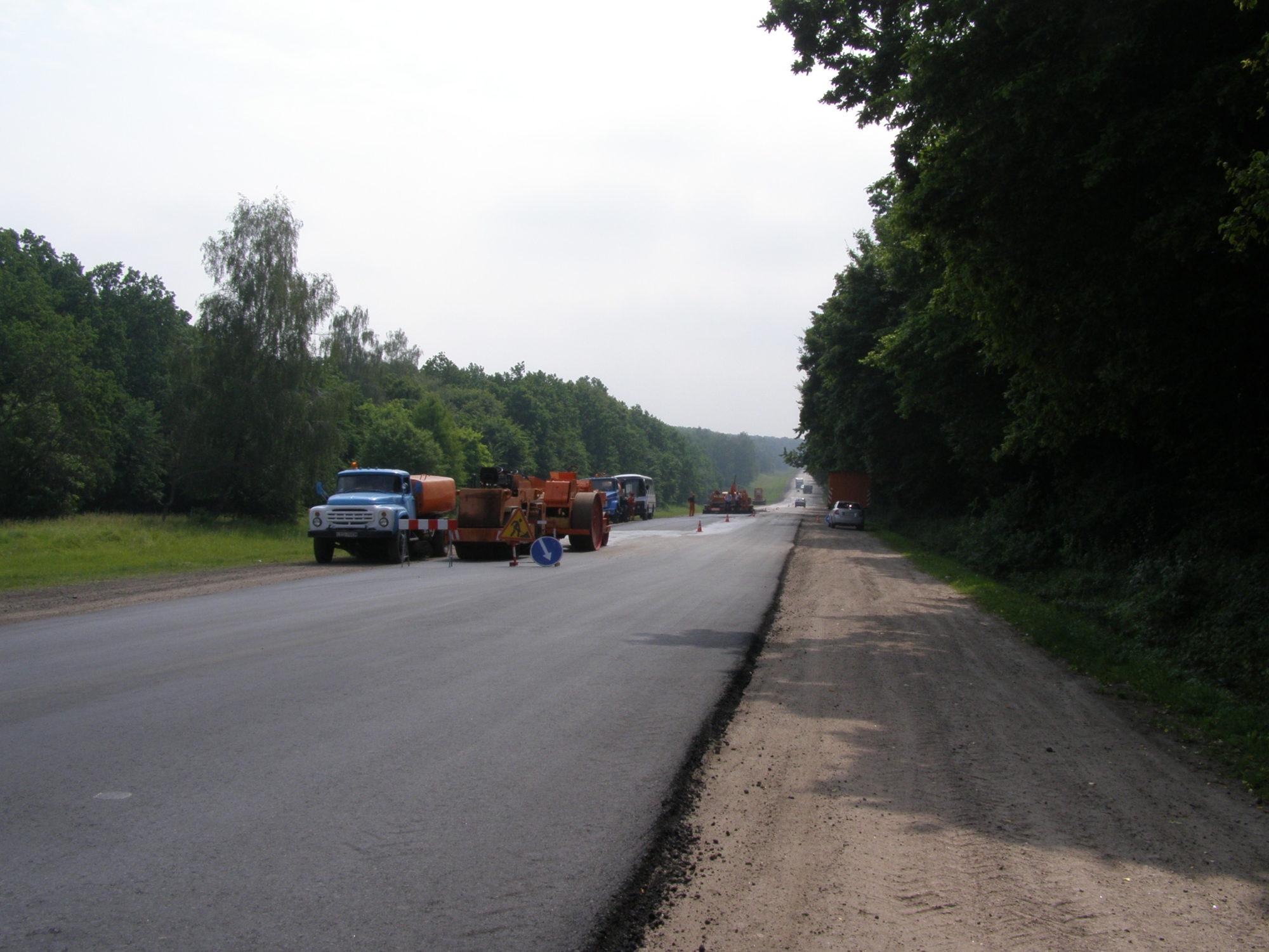 P6140007-2000x1500 Будівництво українських доріг по-новому: замість щебеню – шлак