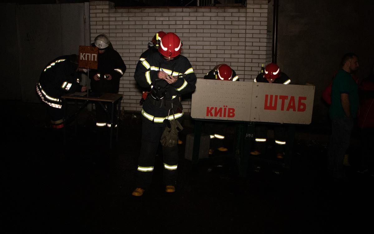 У Києві горів гуртожиток  Національного авіаційного університету -  - Pozhar NAU 5 of 8