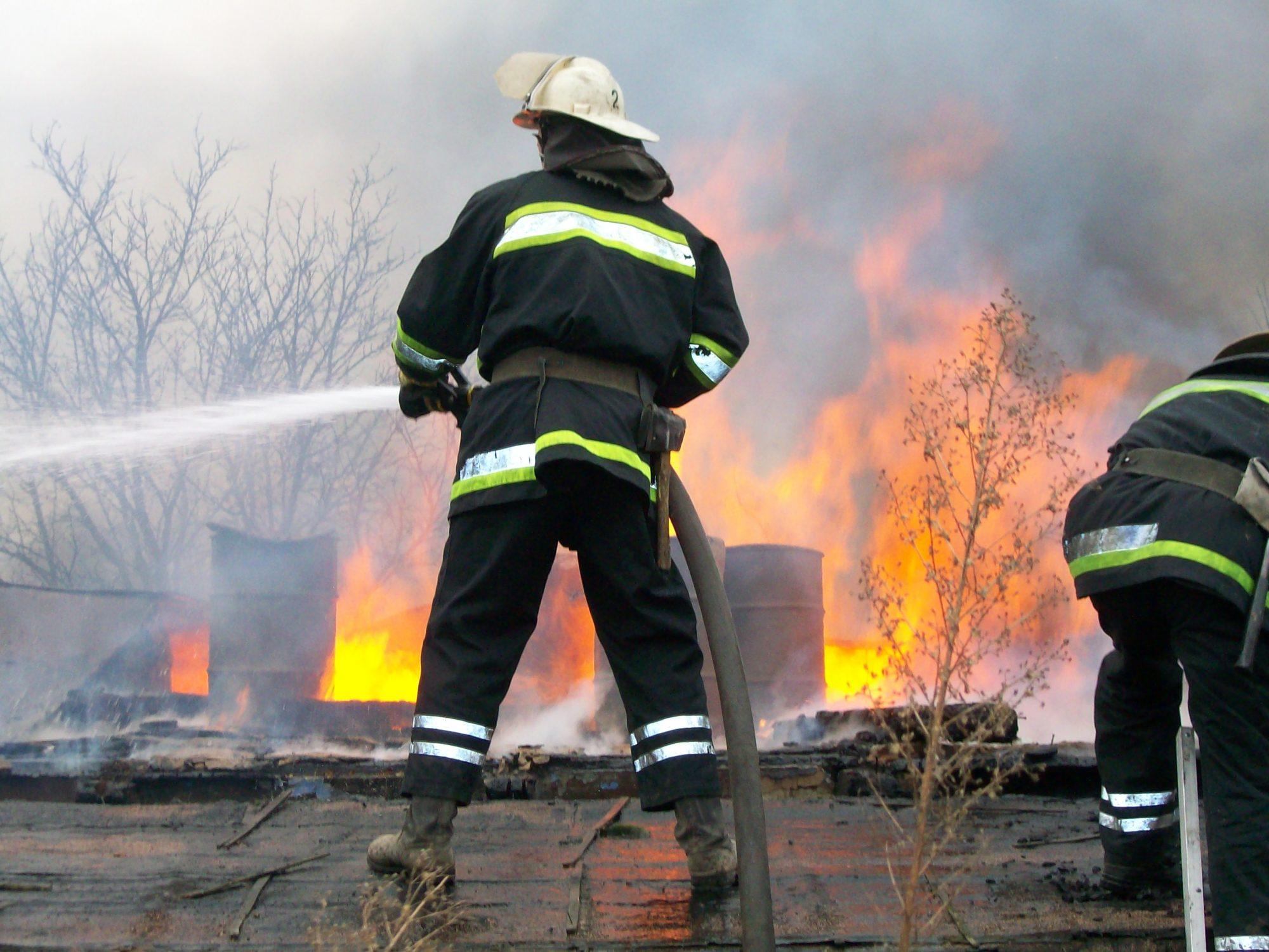 У Березані згорів будинок -  - Pozharnyiy MCHS 2000x1500