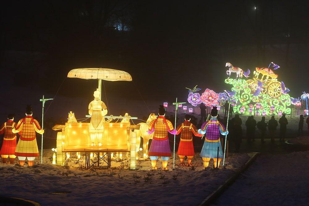 Дракони і не тільки: Співоче поле прикрасять персонажі китайських легенд -  - fonary17